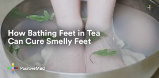 How Bathing Feet in Tea can Cure Smelly Feet.