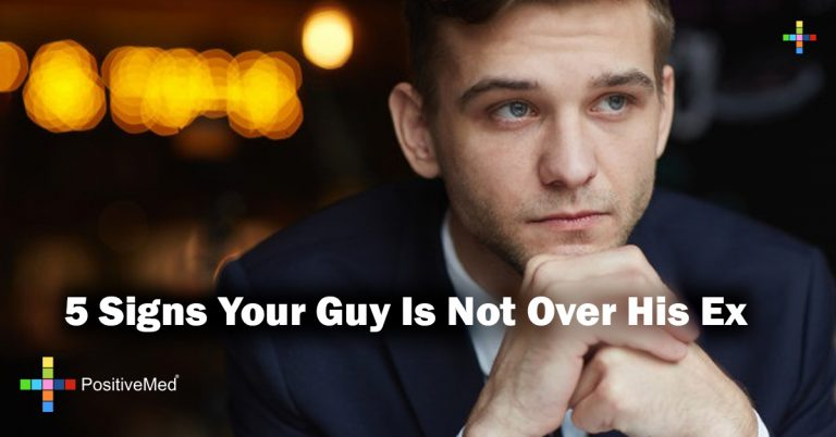 5 Signs Your Guy Is Not Over His Ex
