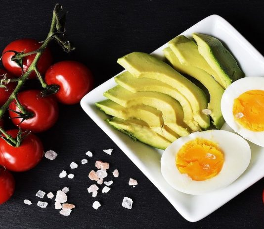 5 Health Benefits of Low-Carb and Ketogenic Diets
