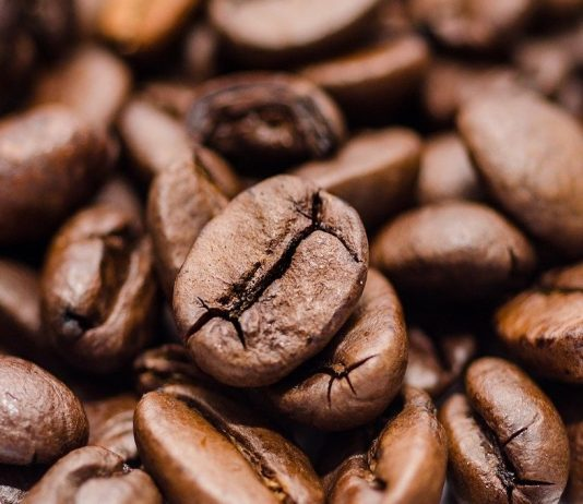Caffeine Anhydrous: How Does It Impact Weight Loss?